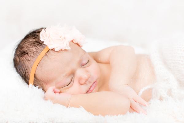 Before-Babyfoto-Retusche