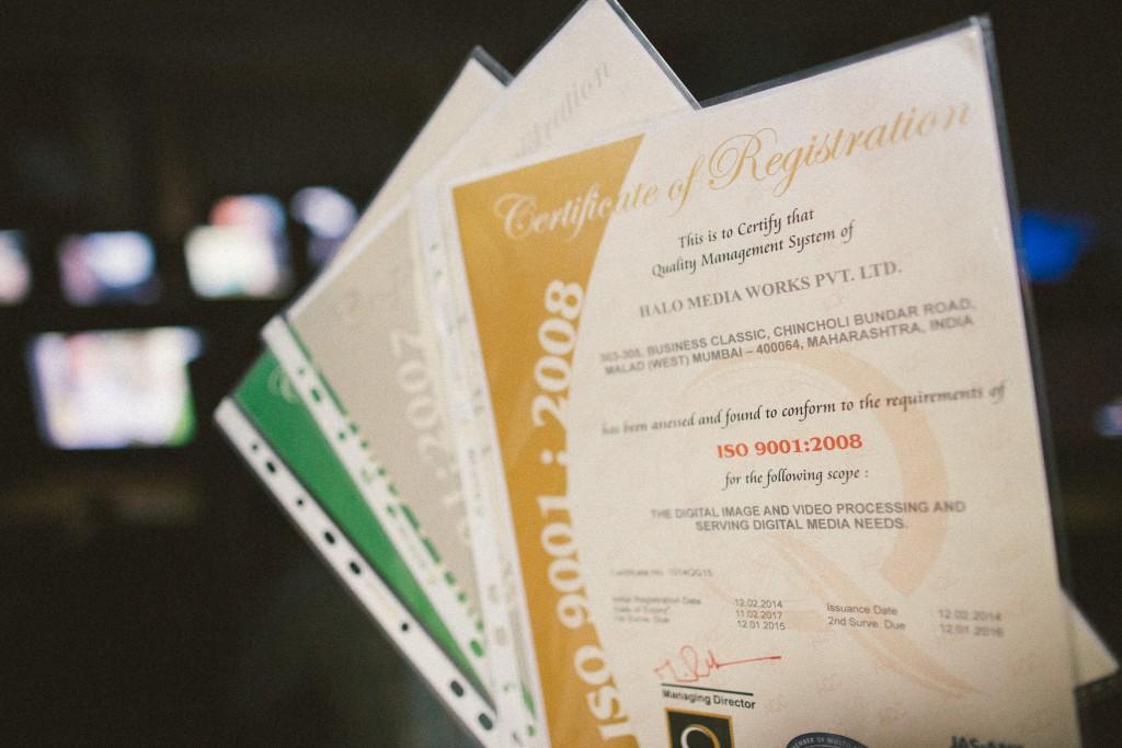 Einige der Zertifikate von ProImageEditors